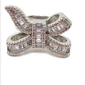 Jewelry - Bow-knot Baguette and Round Diamond CZ Ring